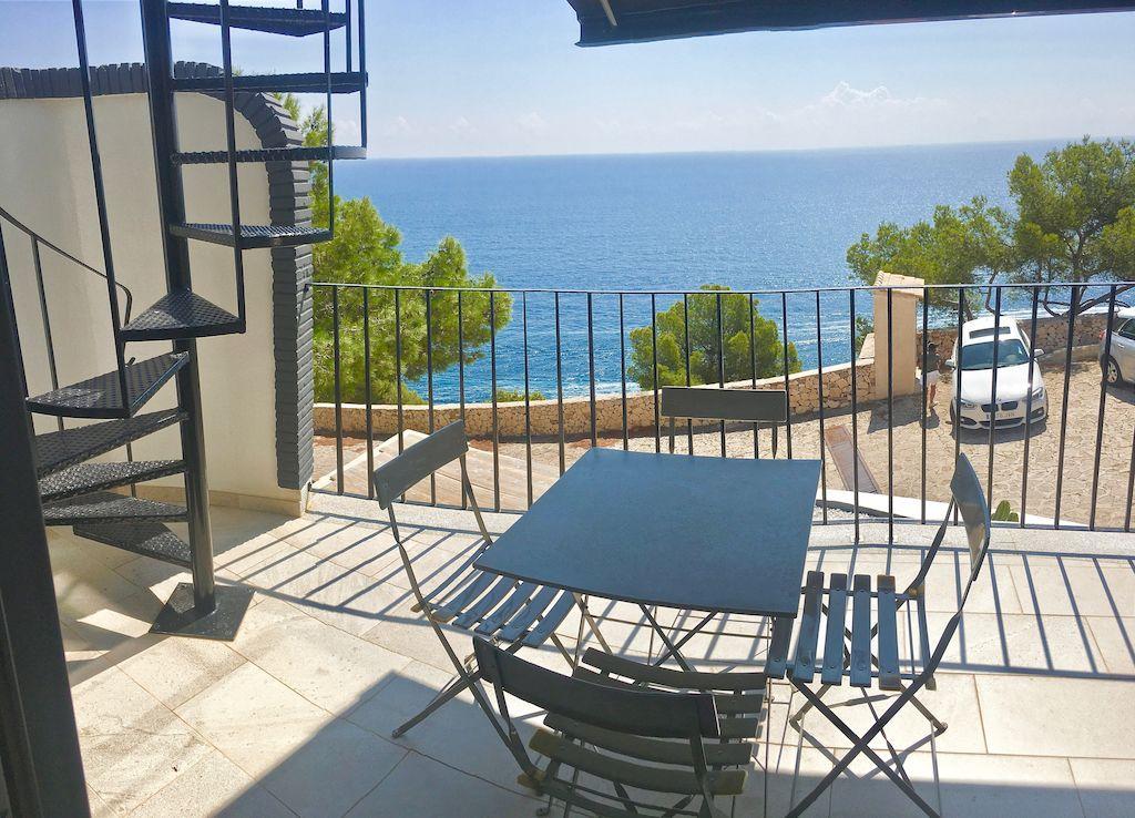Modern huis te koop aan de kust in Javea-Costa Blanca