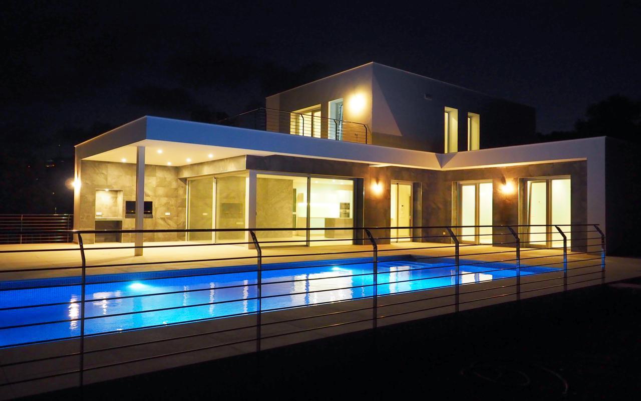 Moderne villa van nieuwbouw te koop in Moraira Camarrocha-Costa Blanca