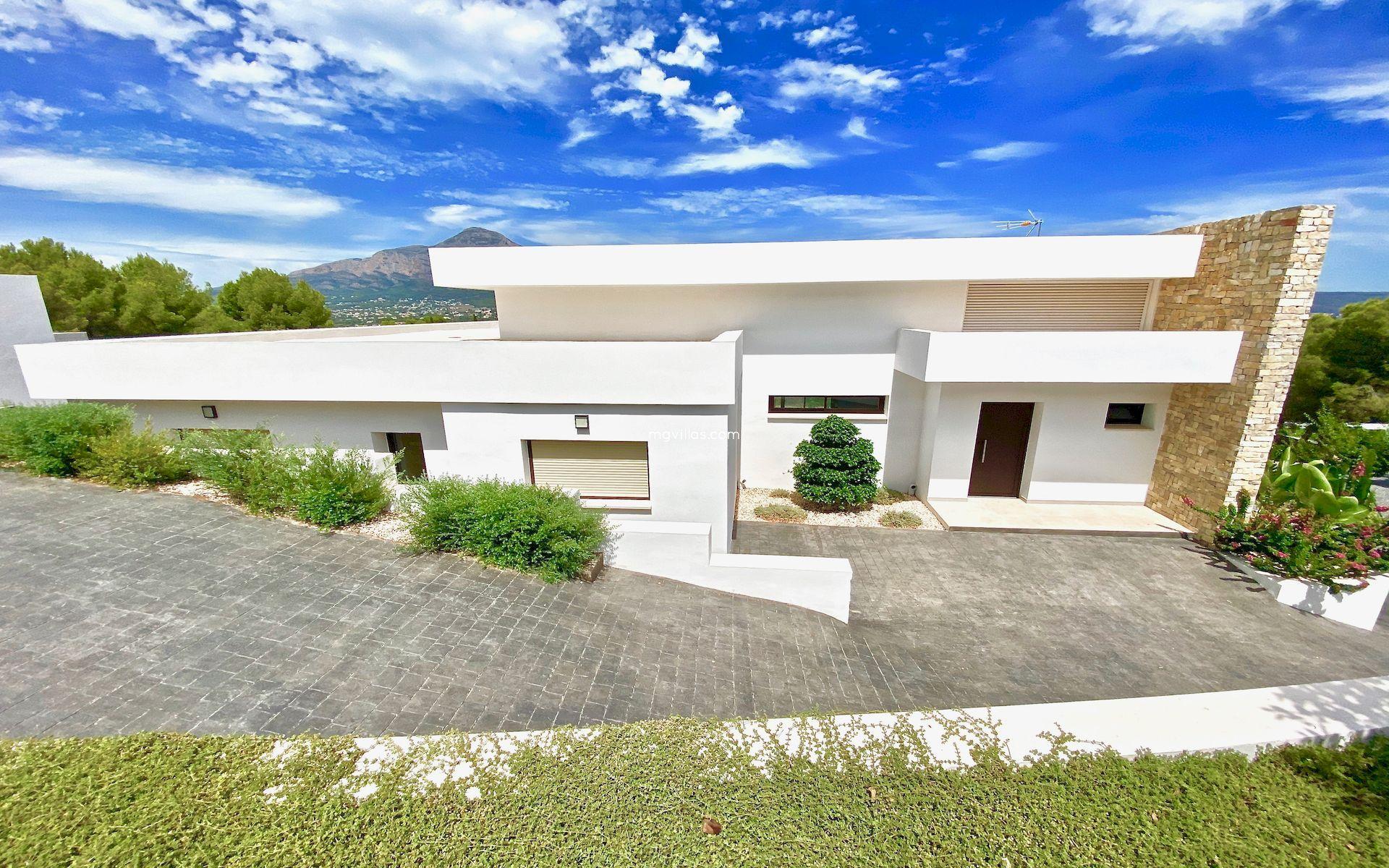 Moderne nieuwbouwvilla te koop in Javea - Costa Blanca