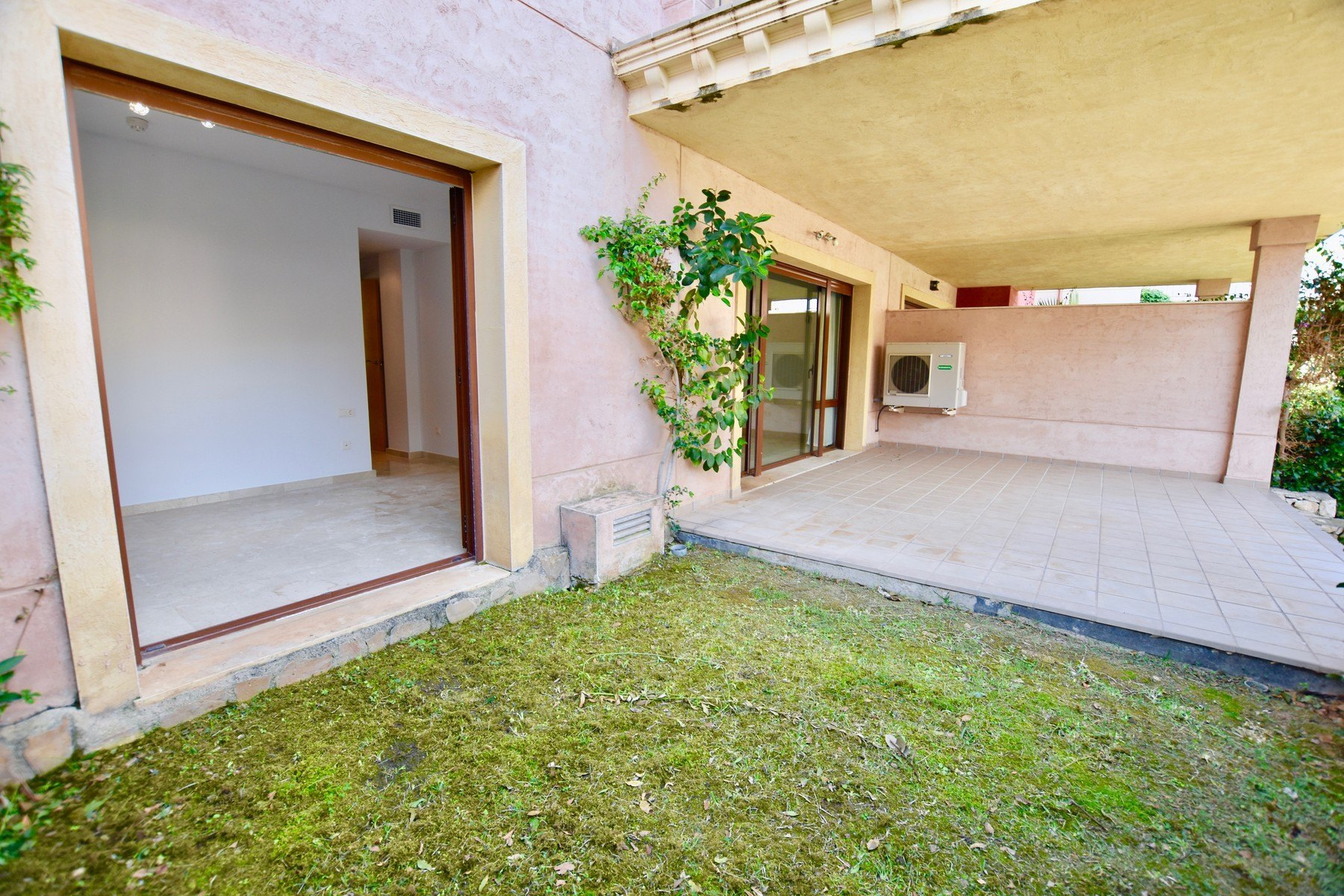 2 slaapkamer appartement te koop in Moraira in Urbanisatie Jardines de Montemar - Costa Blanca